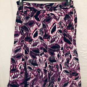 Skirt by East 5th size 8